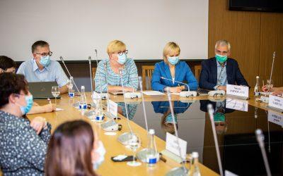Seimo įvyko diskusija su medikų atstovais